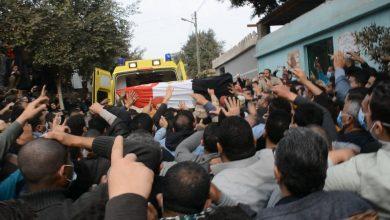 صورة تشييع جنازة الشهيد محمد عبد الخالق بمسقط رأسه قرية الإصلاح بميت حلفا بقليوب