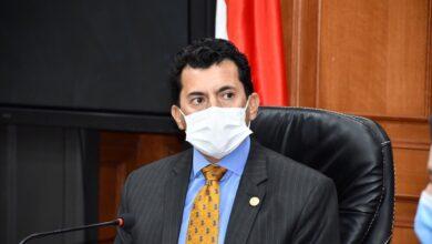 صورة وزير الشباب يناقش استعدادات إطلاق النسخة الثالثة من أولمبياد الطفل المصري