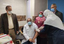 صورة 527  من الأطقم الطبية تلقوا الجرعة الأولى من لقاح فيروس كورونا المستجد خلال يومين