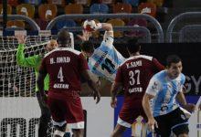 صورة تقدم الأرجنتين على قطر 13-12 في الشوط الأول