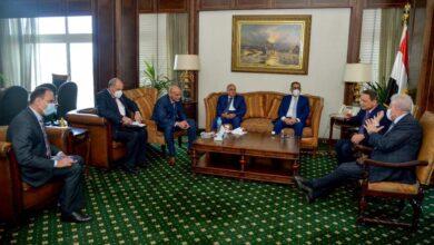 """صورة وصول المشاركين  في ندوة """" سيناء الحاضر وتحديات المستقبل """" إلى مقر المجلس الأعلى لتنظيم الإعلام"""