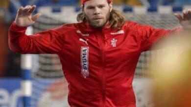 صورة هانسن أفضل لاعب في بطولة  العالم لكرة اليد 2021
