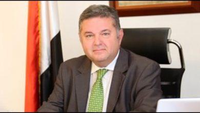 صورة وزير قطاع الأعمال للمحلاوية عيب التشكيك بدون معلومات