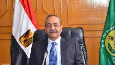 صورة محافظ الإسماعيلية يستقبل مواطنة ورئيس الحي يقدم اعتذار لها