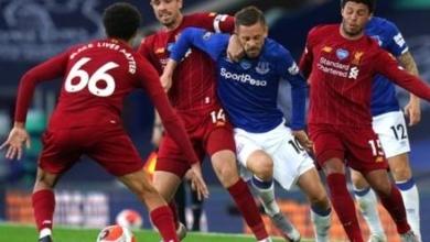 صورة ليفربول يسقط أمام إيفرتون بثنائية بالدوري الإنجليزي