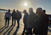 صورة القصير وفودة يتفقدان ميناء الصيد بمدينة الطور ومصنع الثلج