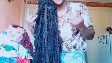 صورة صاحب أطول شعر في مصر يسعى لدخول موسوعة جينيس
