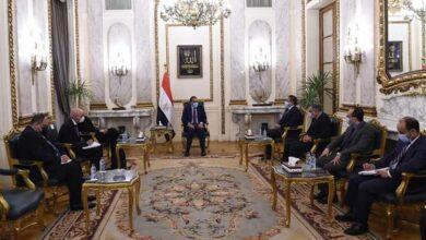 صورة رئيس الوزراء يلتقى مديرة مركز التراث العالمي التابع لـ(اليونسكو)