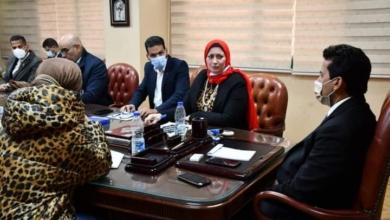 صورة وزير الرياضة يبحث مع اتحاد اليد والاتحاد المصري للرياضة المدرسية آليات تنفيذ برنامج كرة اليد بالمدارس