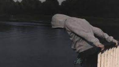 صورة خيانة وهمية ..اعرف تفاصيل انتحار طبيب «بوكيه الورد»